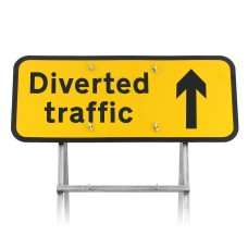 'Diverted Traffic' Arrow Up Diagram 2703 |Quick Fit (face only)