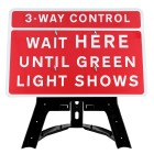 3/4-Way Control Wait Here Until Green Light Shows Sign QuickFit EnduraSign Dia. 7011.1 | 1050x750mm