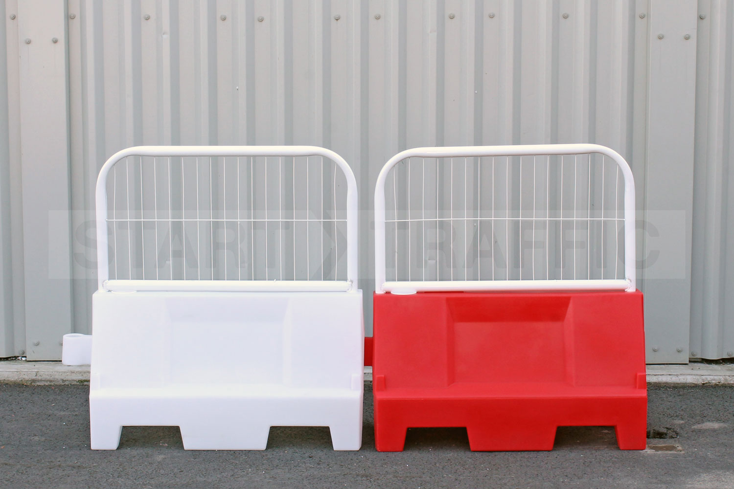 Evo Barrier With Fence Top
