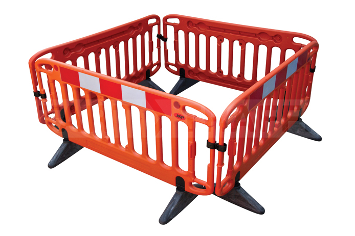 JSP Frontier Barrier with cross brace system