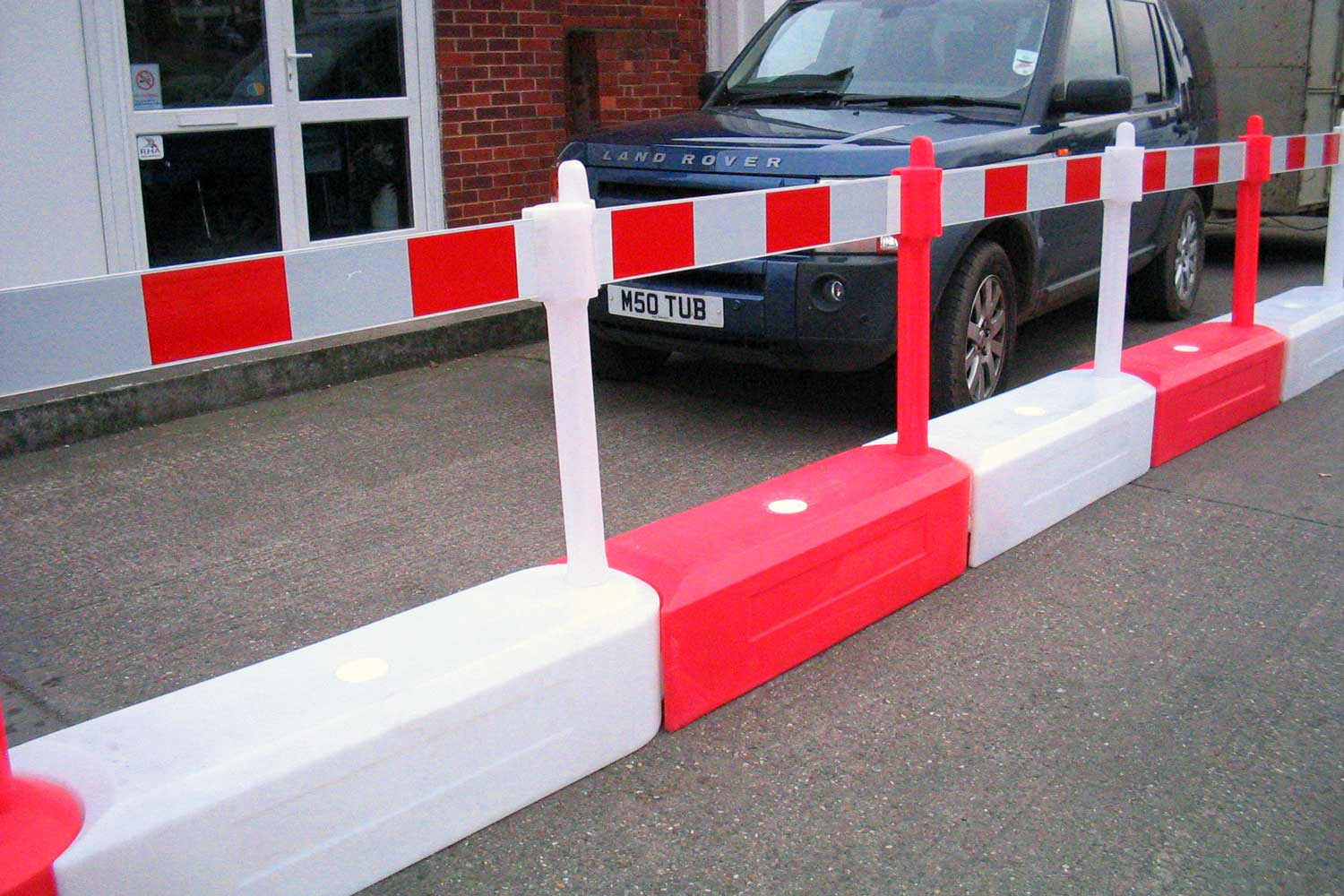 Water filled track barrier rb ideal for karting