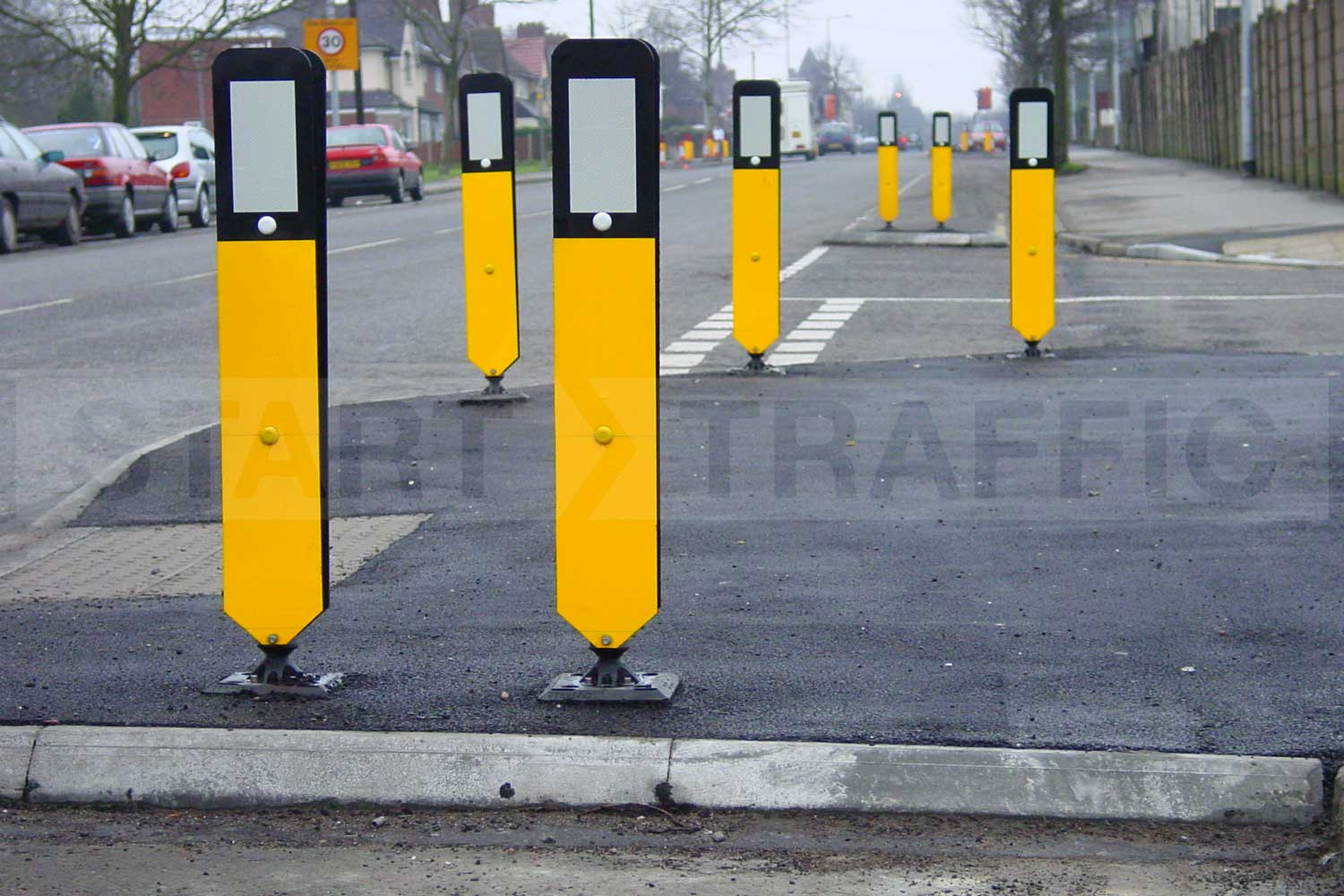 Plastic blade markers installed on roadside