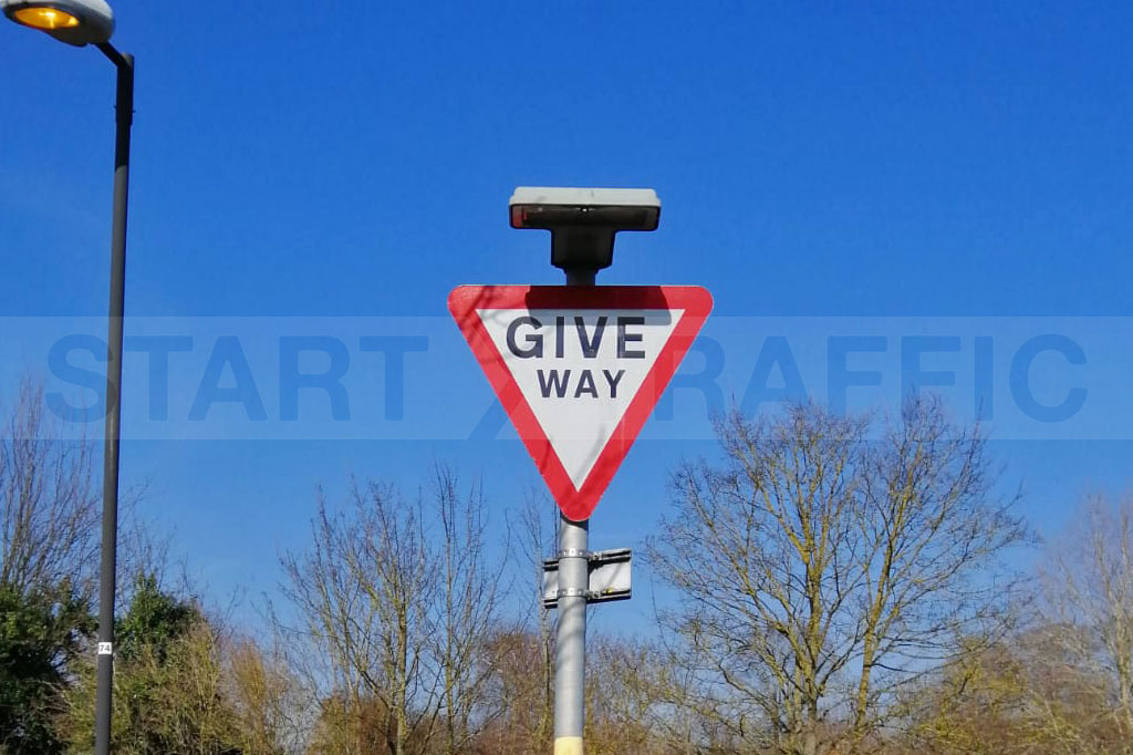 Post Mounted Give Way Sign